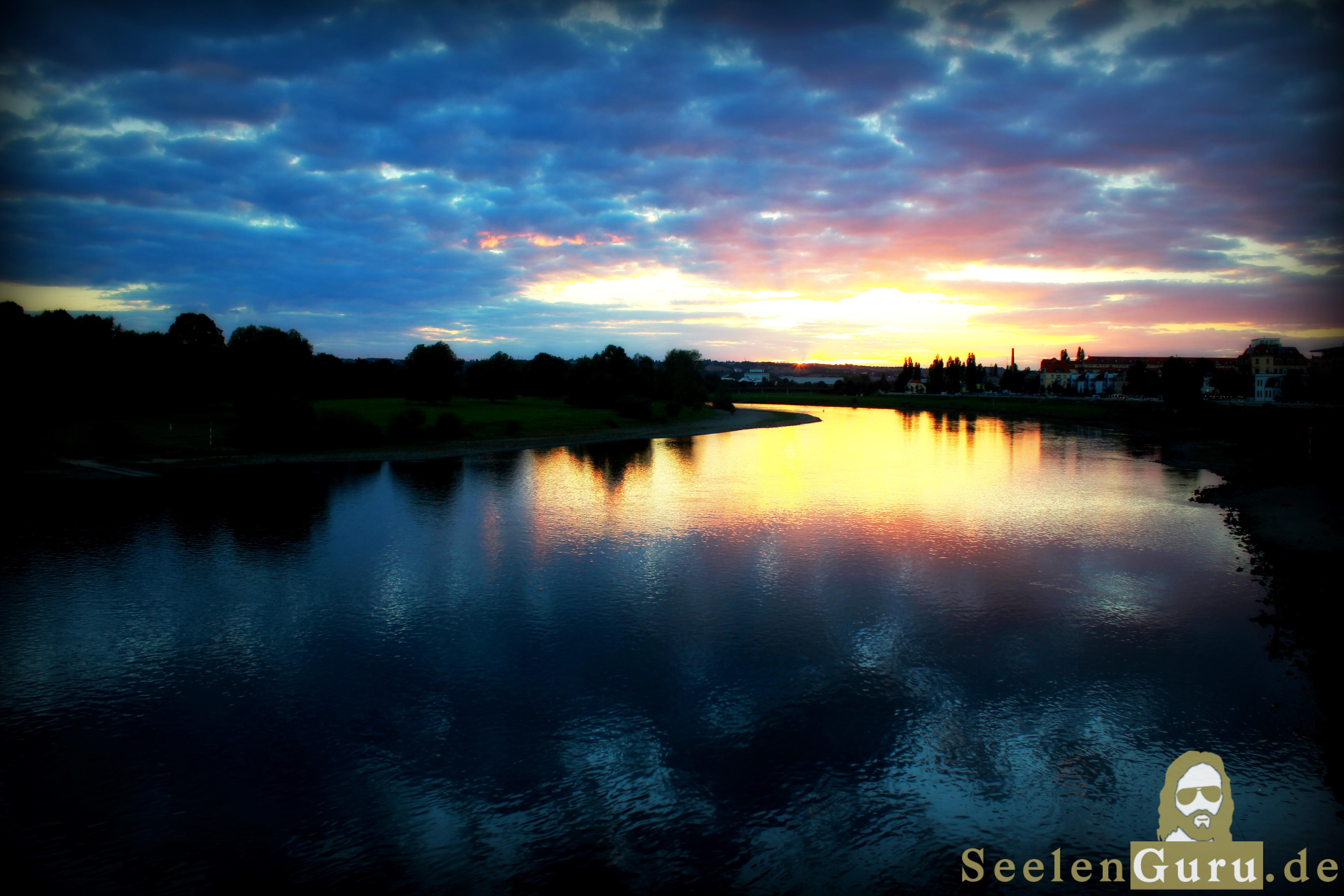 Elbe in Dresden - Sonnenuntergang
