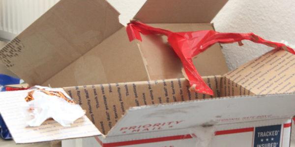 Kisten von Postboden kamen nicht weit