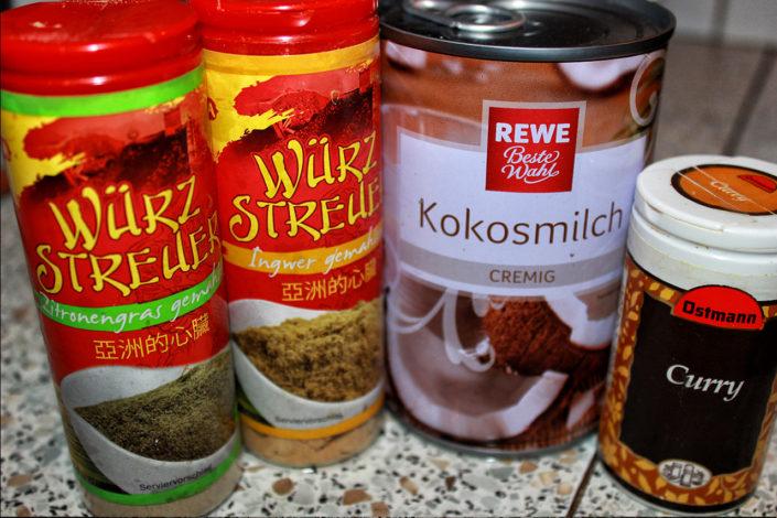 Thai Gewürze - Zitronengras, Ingwer, Kokosmilch, Curry