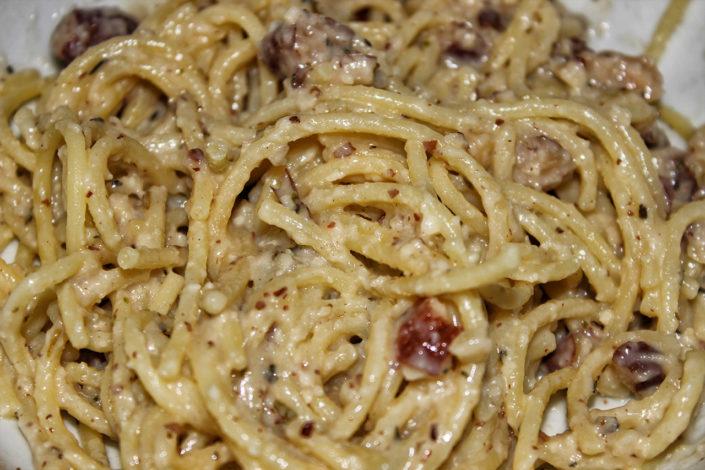 Spaghetti Carbonara - glutenfrei, vegan & ohne Zuckerzusatz